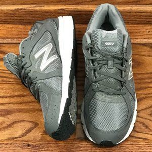 New Balance 401 Sneakers